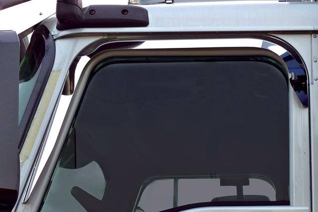 DOOR WINDOW SHADE image